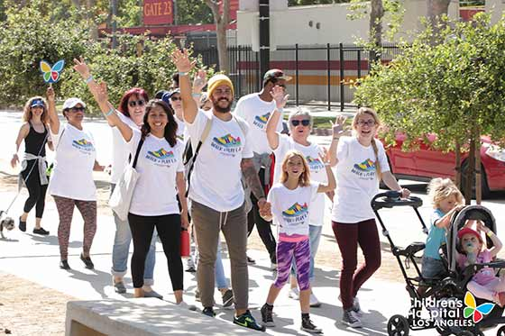 2018 Walk and Play L.A. walkers waving